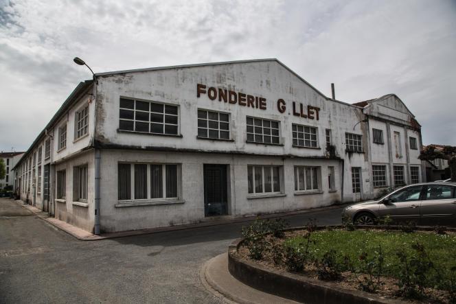 Derrière la façade dégradée de la fonderie Gillet, 27salariés sur les 41 en poste lors de la liquidation ont remonté leur entreprise en SCOP.