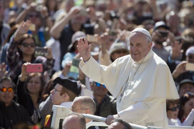 Le pape François au Vatican le 4 mai.