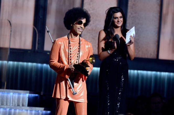 Prince lors des Grammy Awards, le 8 février 2015, à Los Angeles.