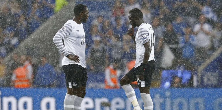Romelu Lukaku and Oumar Niasse, à gauche, le 7 mai à Everton.