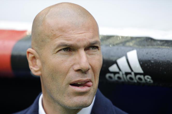 Zinedine Zidane au Stade Santiago Bernabeu de Madrid, le 8 Mai 2016.