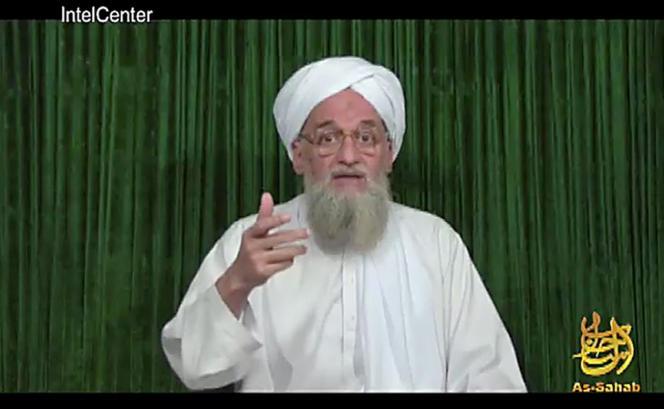 Aymenn Al-Zawahiri, le chef du réseau Al-Qaida. L'image provient d'une vidéo diffusée en février 2012 par  As-Sahab, le