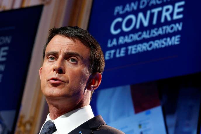 Le premier ministre Manuel Valls a détaillé ce 9 mai 2016 son nouveau plan de lutte contre la radicalisation et le terrorisme.