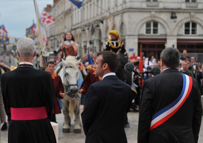 Emmanuel Macron, à Orléans, pendant les célébrations en hommage à Jeanne d'Arc, le 8 mai.