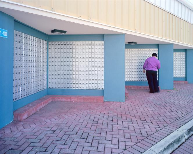 Des boîtes aux lettres utilisées par des sociétés écrans dans les îles Caïmans en 2012, un paradis fiscal sous souveraineté britannique.