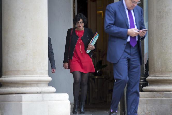 Myriam El Khomri, la Ministre du Travail, à la sortie du conseil des ministres exceptionnel au Palais de l'Elysée à Paris, le 10 mai.