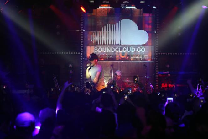 Le rappeur Chance the rapper, lors du lancement de SoundCloud Go, le 31 mars à New York.
