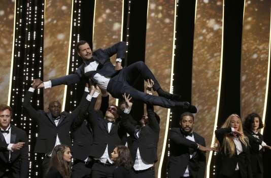 Laurent Lafitte, maître de cérémonie pour l'ouverturedu 69e Festival de Cannes.