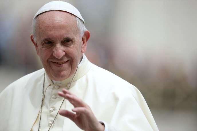 Le pape François le 11 mai 2016 au Vatican.