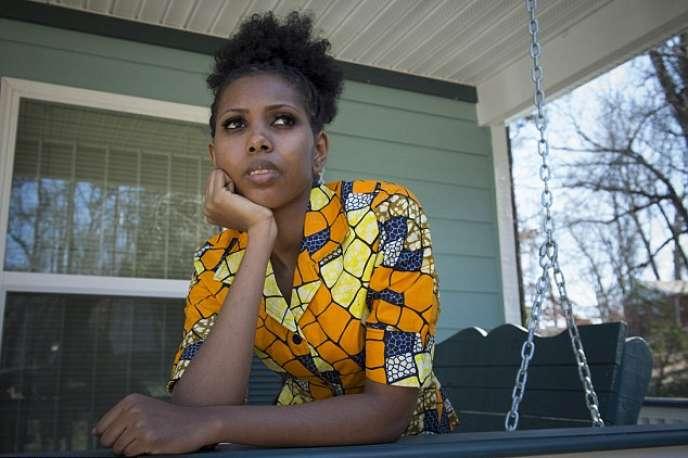Jaha Dukureh, Américaine d'origine gambienne, se bat contre les mutilations génitales féminines.