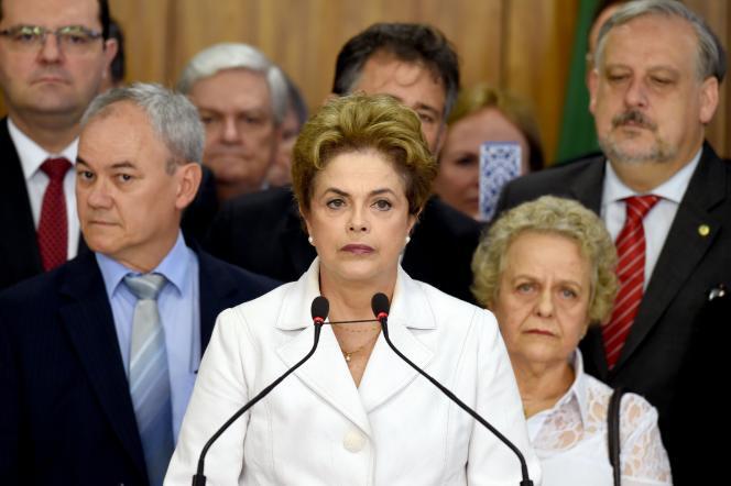Après sa suspension, Dilma Rousseff a fait une déclaration au palais du Planalto.