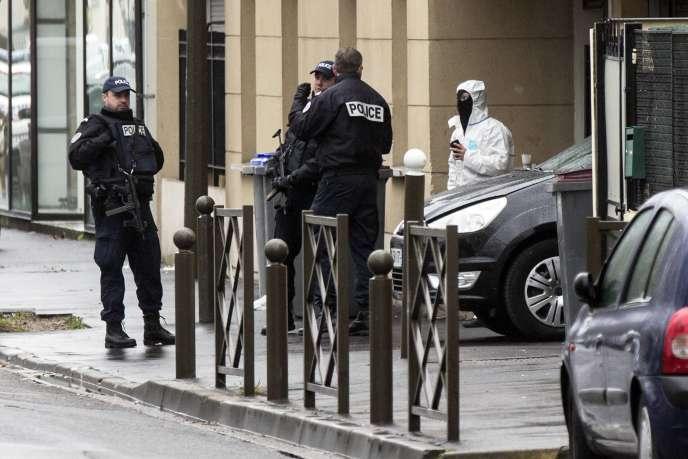 Perquisition de police, le 25 mars 2016 à Argenteuil (Val-d'Oise).