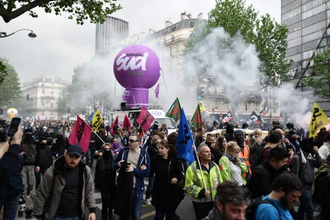 Manifestation contre la loi travail à Paris, le 12 mai.