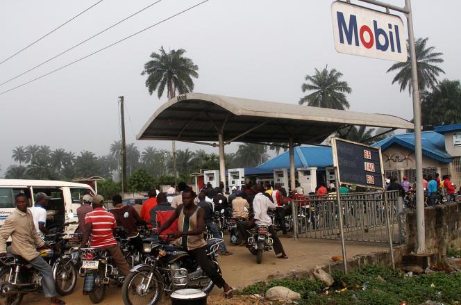 Dans une station-essence de la région du Delta, en décembre 2012.