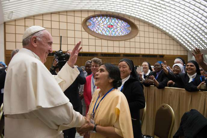 Le pape François au Vatican, le 21 mai 2016.