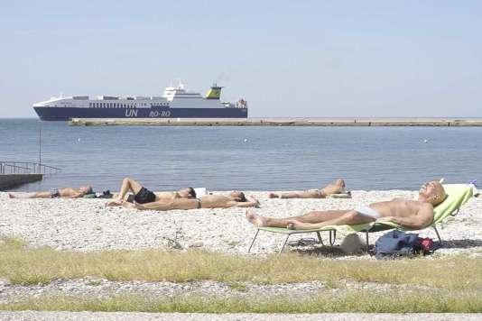 Une image du documentaire italien, grec et français deThanos Anastopoulos et Davide Del Degan,« L'Ultima Spiaggia» (« The Last Resort»).