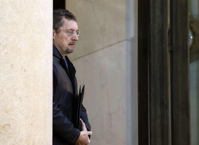Le directeur général de la DGSE, Bernard Bajolet, au palais de l'Elysée, à Paris, à la sortie d'une réunion avec le président François Hollande, le 9 janvier 2015, deux jours après l'attaque contre« Charlie hebdo».