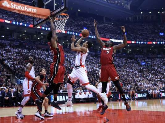 Le joueur de Toronto DeMar DeRozan a été l'auteur de 28 points dimanche 15 mai face au Miami Heat.