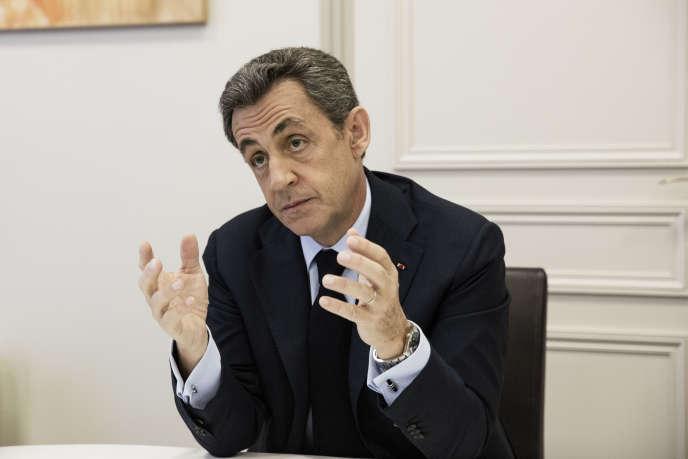 Nicolas Sarkozy dans son bureau, rue de Miromesnil, à Paris, le 16 mai.