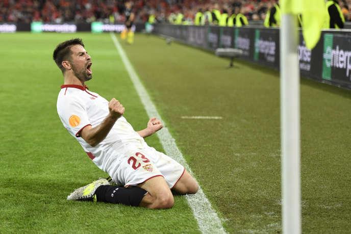 Séville remporte la Ligue Europa pour la troisième année d'affilée.