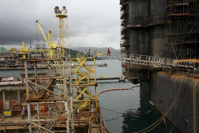 Une plate-forme construite par Technip à Brasfels, au Brésil, en partenariat avec Petrobras.