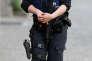 Un officier de police belge, en patrouille à Bruxelles, le 19 mai.