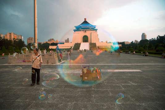 A Taipei, le mémorial de Tchang Kaï-Chek suscite la polémique.