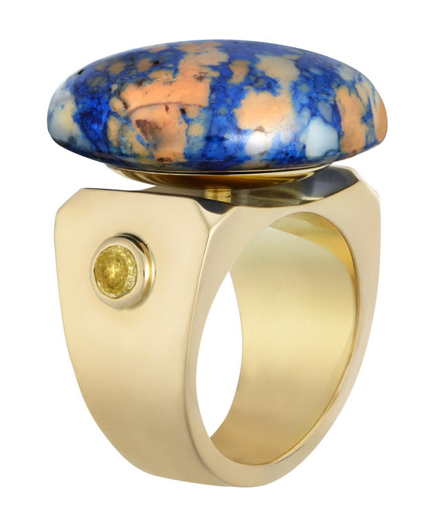 Lapis-lazuli ancien suisse, or jaune et diamants, Belmacz.
