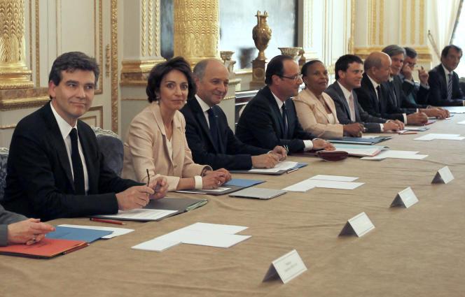 le premier conseil des ministres du quinquennat du 17 mai 2012.