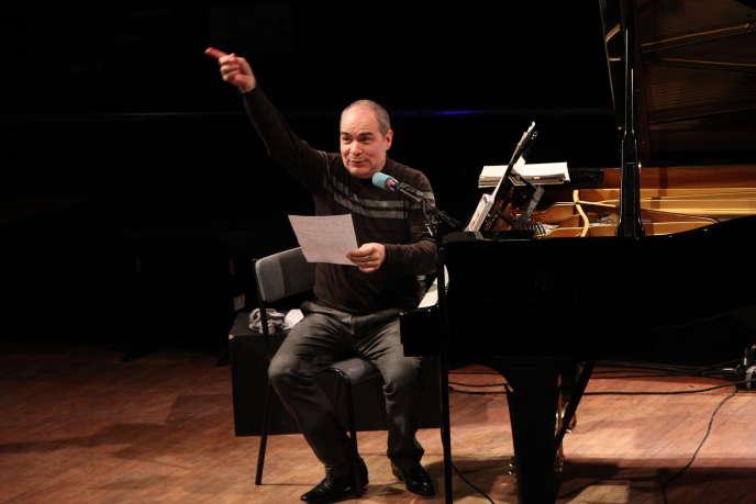Philippe Cassard dans le cadre de son émission.