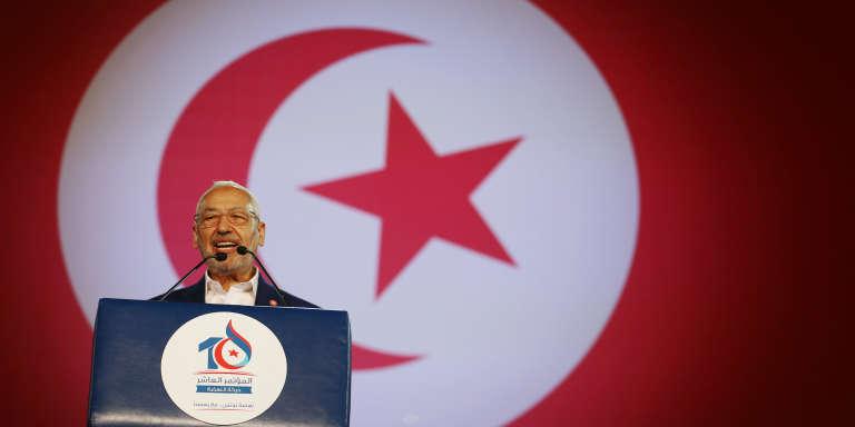Rached Ghannouchi, le président du mouvment islamiste tunisien Ennahda, durant le congrès du parti, le 20 mai 2016 à Tunis.