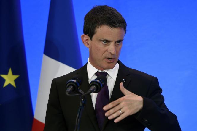 Le premier ministre, Manuel Valls, en déplacement vendredi à Privas (Ardèche) lors d'un comité interministériel consacré à la ruralité, le 20 mai.