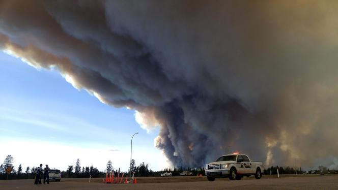 Le Canada a dû réduire sa production de pétrole en raison des incendies qui ont dévasté l'Alberta.