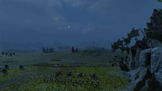 Des vargheist, monstres ailés morts-vivants, fondent sur les lignes impériales. Les unités ailées sont une nouveauté pour les «Total War».
