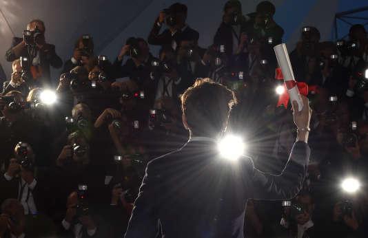 Le réalisateur canadien Xavier Dolan, après la remise du Grand Prix du jury du festival de Cannes pour son film« Juste la fin du monde», le 22 mai 2016.