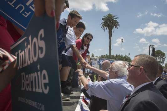 Le candidat à l'investiture démocrate en vue de la présidentielle de novembre, Bernie Sanders, le 23 mai à East Los Angeles.