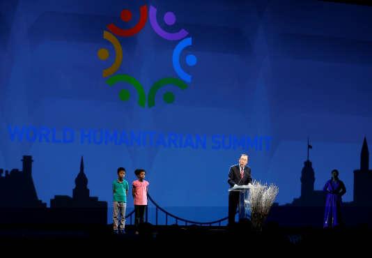 Le secrétaire général des Nations Unies, Ban Ki-moon, ouvrait le sommet international de l'humanitaire.