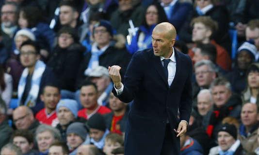 Zinédine Zidane, à Manchester, le 26 avril 2016.