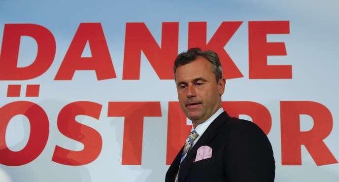 «L'électorat qui a opté à 50 % pour [Norbert Hofer] n'a probablement aucune idée de l'idéologie pangermaniste et affiche un patriotisme autrichien sans faille» (Photo: Norbert Hofer, candidat du FPÖ, à Vienne, le 24 mai).