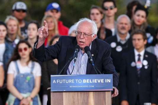 Le sénateur indépendant du Vermont Bernie Sanders, lors d'une réunion publique àSanta Monica, en Californie, le 23 mai 2016.