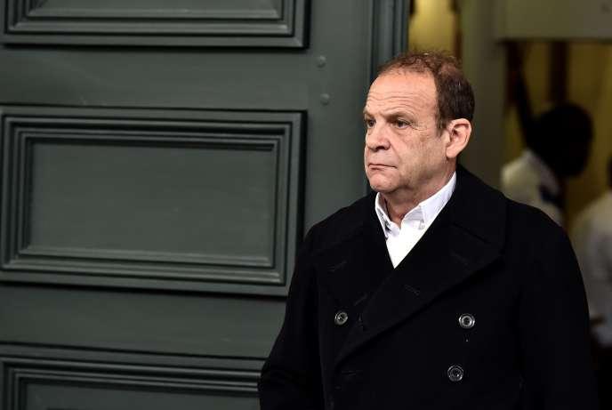 Le photographe Francois-Marie Banier, à la sortie de la cour d'appelde Bordeaux le 23 mai.