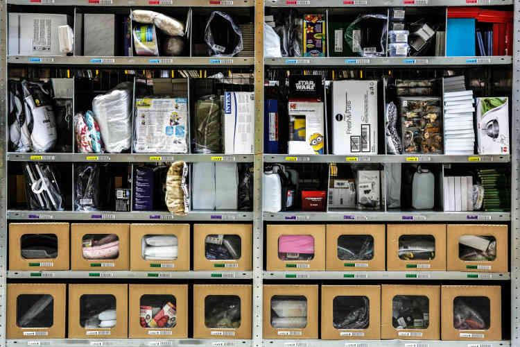 Les produits sont rangés par taille et non par catégorie.