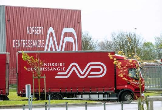 Camion du transporteur Dentressangle, à Calais, en avril 2015.