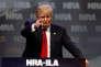 Le candidat à l'investiture démocrateDonald Trump à la tibune du forum de la NRA à Louiseville le 20 mai.