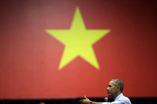 Le président américain, Barack Obama, à Ho Chi Minh-Ville, au Vietnam, lors d'une rencontre avec de jeunes entrepreneurs, mercredi 25 mai 2016.