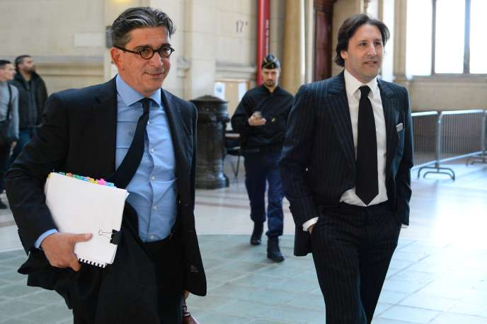 Arnaud Mimran (à droite) à son arrivée au tribunal avec son avocat, Jean-Marc Fedida,, à Paris, le 25 mai 2016.