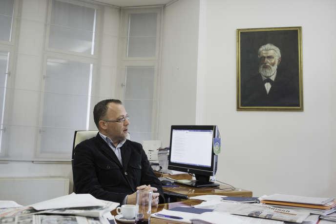 Le ministre de la culture croate, Zlatko Hasanbegovic, le 16 mai dans son bureau à Zagreb.