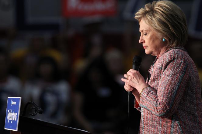 La candidate à l'investiture démocrate en vue de la présidentielle de novembre, Hillary Clinton, lors d'un meeting de campagne à Buena Park, en Californie, le 25 mai.