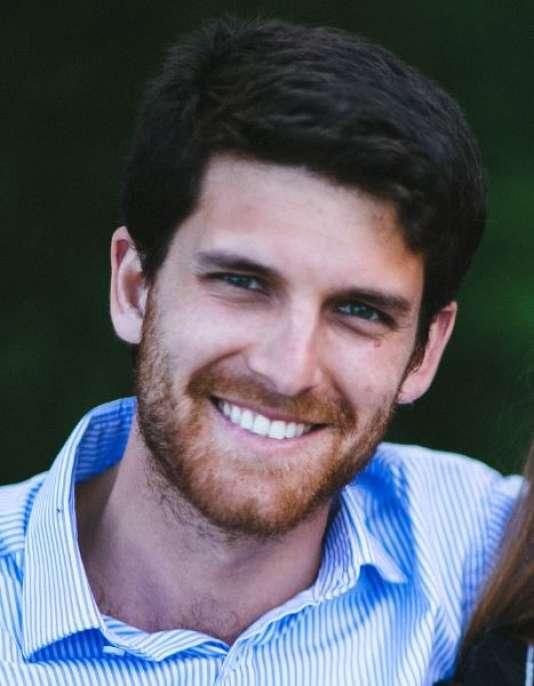Stefano Bertolotto : 29 ans, diplômé d'économie à Milan, il réside depuis huit ans à Londres où il travaille pour un fonds d'investissement de Singapour.