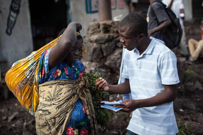 Un membre du mouvement citoyen Lutte pour le changement (Lucha), le 24 avril 2015 à Goma, dans l'est de la RDC.